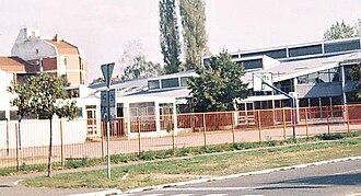 Bistrica (Novo Naselje) - Prva vojvođanska brigada elementary school