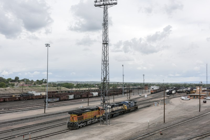 File:Pueblo, Colorado, trainyards, viewed from the city's Fourth Street Bridge LCCN2015632371.tif