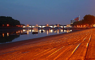 Putney - Putney Bridge at night