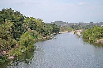 Acaponeta River - Image: Río de Acaponeta visto desde el puente del ferrocarril