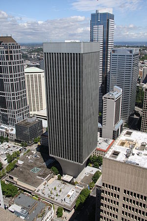 Rainier Bancorp - Rainier Tower, the former headquarters of Rainier Bank in Seattle