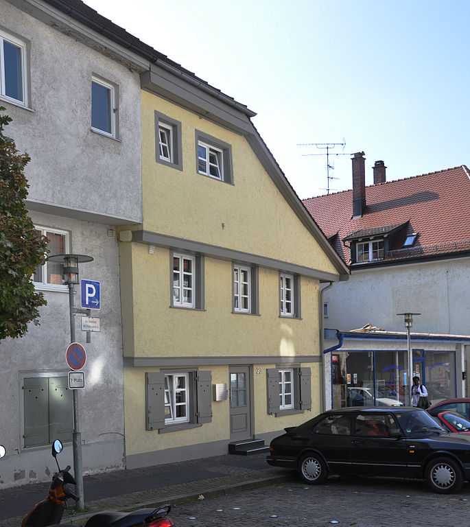 685px-Ravensburg_Grüner-Turm-Straße23.jpg