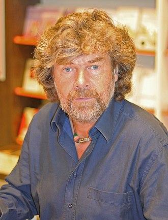 Reinhold Messner - Image: Reinhold Messner in Koeln 2009 (02)