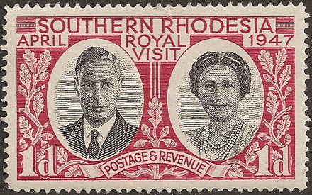 A postage stamp commemorating the royal visit of 1947 Rhodesie Sud timbre 1drouge 041947.jpg