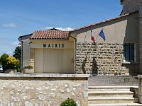 Riocaud mairie.JPG