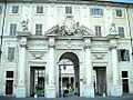 Roma Trastevere Ingresso Basilica Santa Cecilia.jpg