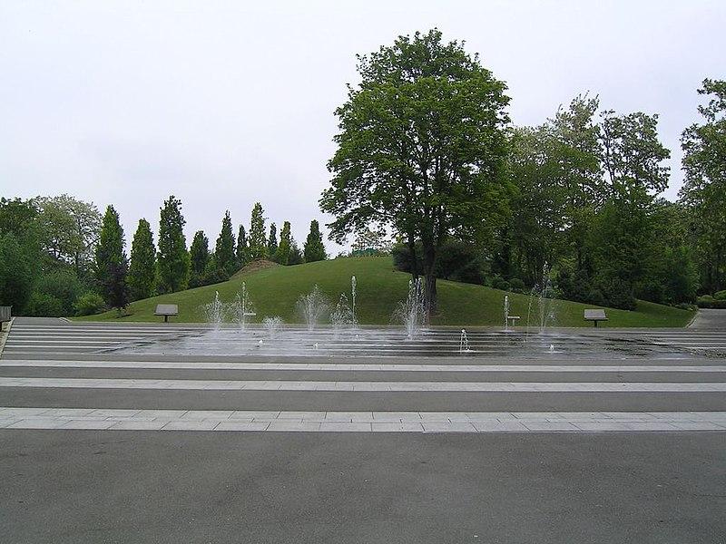 FileRosny sous Bois Parc Rochebrunejpg  Wikimedia Commons ~ Escort Girl Rosny Sous Bois