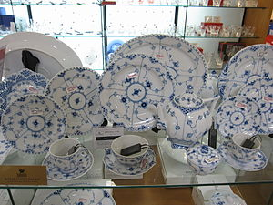 "Royal Copenhagen - ""Blue Fluted"" pattern dinner service"