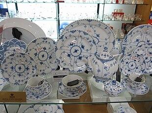Ceramiche Di Copenaghen Prezzi.Regia Fabbrica Di Porcellana Di Copenaghen Wikipedia
