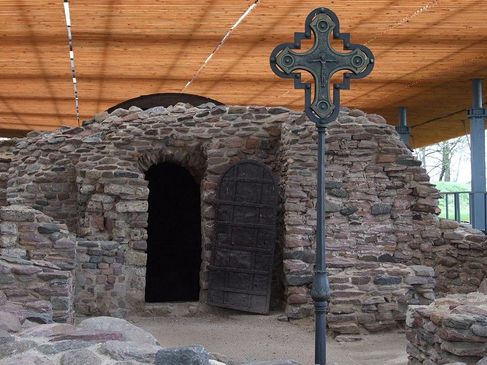 Ruiny palatium i kaplicy4