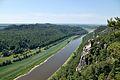 Sächsische Schweiz – Elbsandsteingebirge – Blick von der Bastei auf die Rauensteinfelsen und das Elbtal - panoramio.jpg