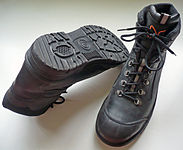 S3 safety footwear.jpg