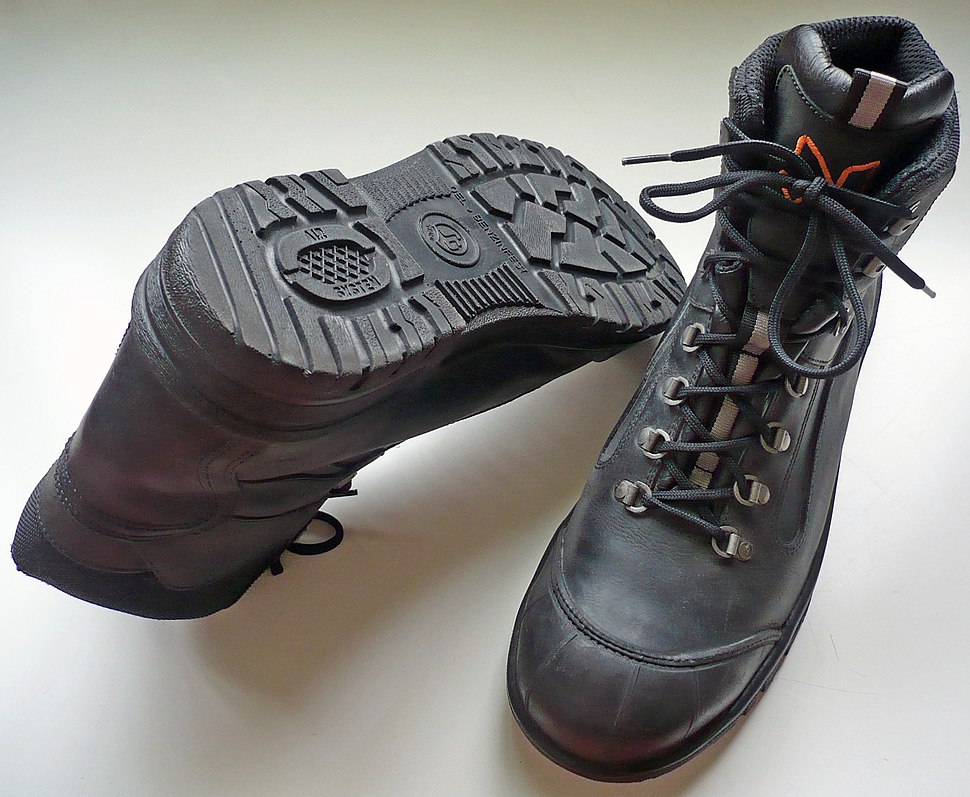 S3 safety footwear