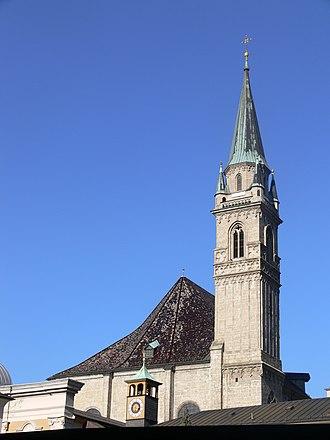 Franciscan Church, Salzburg - Image: Salzburg Franziskanerkirche Turm