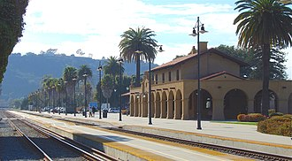 Santa Barbara station, built in 1902 by the Southern Pacific Railroad in the Spanish Mission Revival style. Santa Barbara train station, California, 7 March 2007.jpg