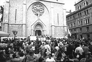 Sacred Heart Cathedral, Sarajevo - Peace demonstration in front of the cathedral on September 1991 prior to the outbreak of the Bosnian War.