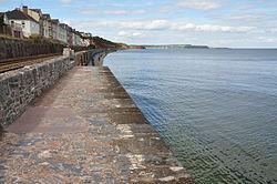 Sea wall near Dawlish (4912).jpg
