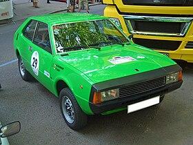 Ghế 1200 Sport Coupe Gen1 000 1975-1979 phía trước 2011-06-04 U.jpg