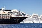 Silversea Silver Cloud Paradise Bay Antarctica 6 (40371631133).jpg