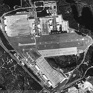 Simmons Army Airfield - USGS aerial image - 4 March 1999