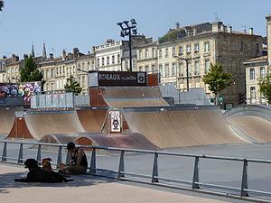Skate park des Chartrons, Bordeaux, July 2014 (02).JPG