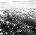 Snowy Mountain, junction and terminus of valley glacier, trimline along valley walls, and bergschrund and icefall on the upper (GLACIERS 7053).jpg