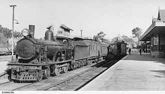 4-4-0 - South Australian Railways S class No. 151, Murray Bridge, 5 March 1951