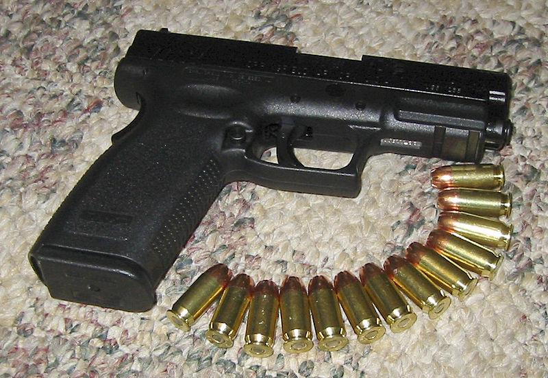Glock Vs Springfield Armory Xd The Modern Survivalist
