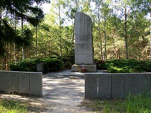 Turkish Airlines Flight 981 - Monument to the crash victims in Ermenonville Forest
