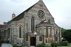 St Peter, Sumner Road, Harrow - geograph.org.uk - 1691267.jpg