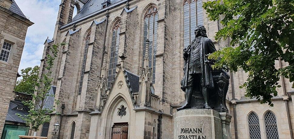 Statue of Johann Sebastian Bach at the St. Thomas Church in Leipzig