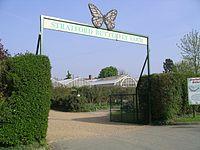 Stratford butterfly farm gate 14a07.JPG