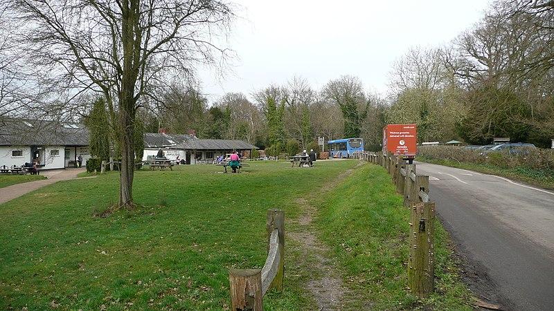 File:Sunray Travel GX56 AEB and Box Hill visitor centre 2.JPG