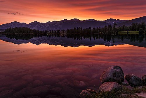 Sunrise at Lac Beauvert Jasper National Park.jpg