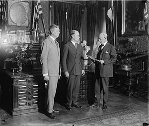 Hanford MacNider - MacNider is sworn in as Assistant Secretary of War, October 16, 1925.