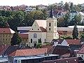 Třebíč, Jejkov, kostel Proměnění Páně, z Masarykovy vyhlídky.jpg