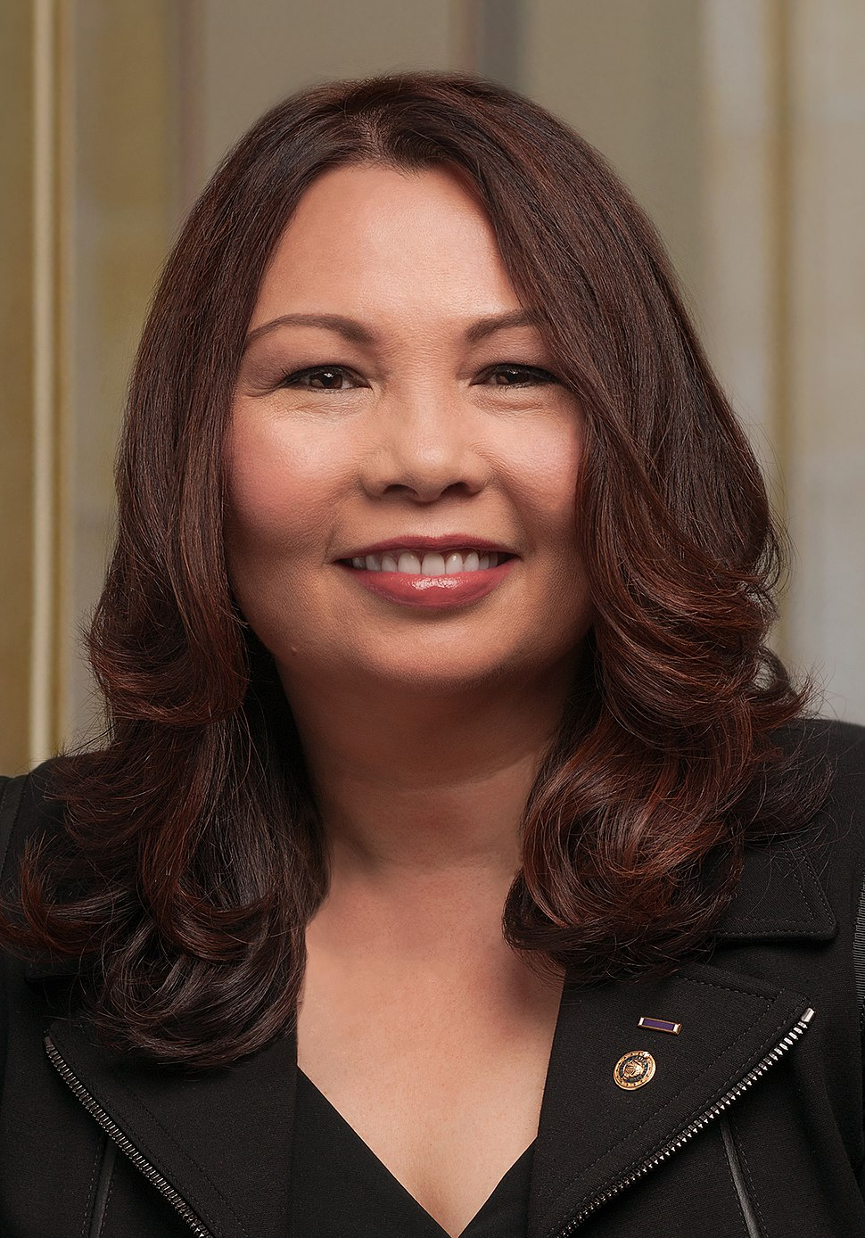 Tammy Duckworth 115th official portrait (cropped)