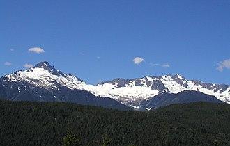 Tantalus Range - Image: Tantalusrange 2