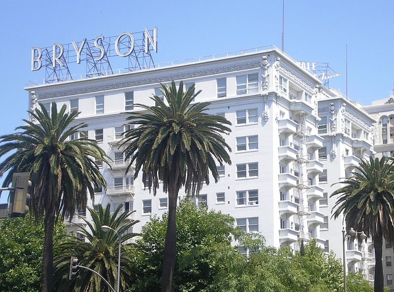 File:The Bryson (Los Angeles).jpg