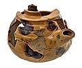 Theepot in aardewerk, collectie- Raakvlak, BR14-EZ-1-4-A-117.jpg