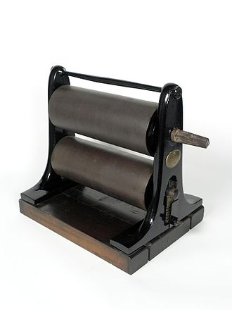 A James Watt & Co. copying press, in Thinktank, Birmingham Science Museum. Thinktank Birmingham - object 1951S00088.00001(1).jpg