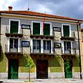 Tiled house, Orduña - panoramio.jpg
