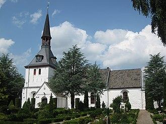 Tinglev - Tinglev Church from around 1100.
