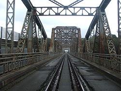 Tiszaugi vasúti híd.jpg