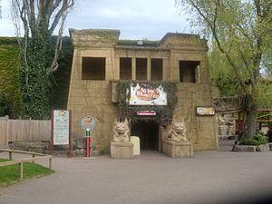 Tomb Blaster - Image: Tomb Blaster à Chessington World of Adventures