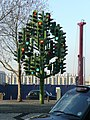Traffic Light Sculpture - geograph.org.uk - 1138499.jpg
