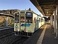 Train for Yukuhashi Station at Toyotsu Station.jpg