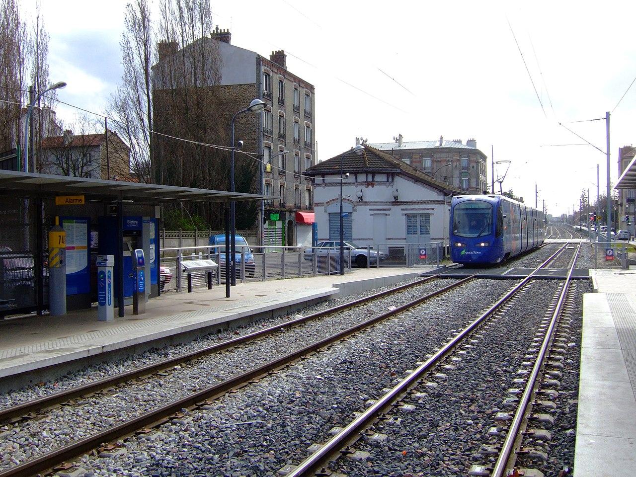 File Tram station, Les Pavillons sous Bois fr 01 jpg Wikimedia Commons # Déchetterie Pavillons Sous Bois