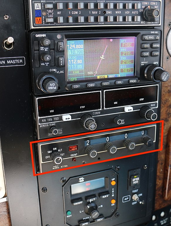 file transponder in private aircraft jpg wikimedia commons