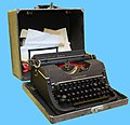 Typewriter Underwood 1945.jpg